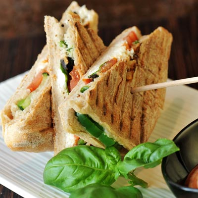 Dried Tomato and Olive Sandwiches