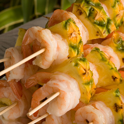 Shrimp and Grilled Pineapple Brochettes, Lukewarm Dressing