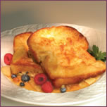 French Toast with Apples and Dried Raisins