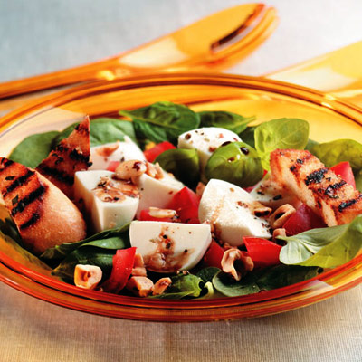 Spinach, Bocconcini and Hazelnut Salad