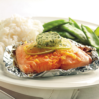 Ginger and Orange-scented Salmon Parcels with Coriander Butter